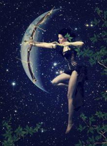 Mesec u Strelcu – nestašan pramen kose