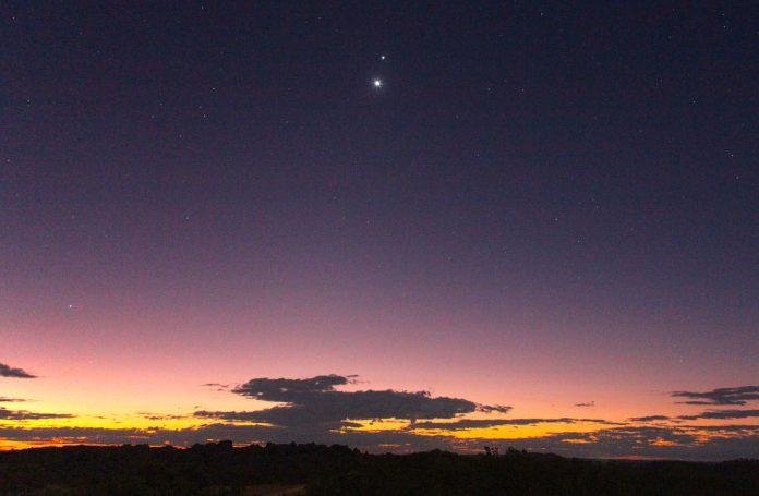 Venera u konjunkciji sa Saturnom, istrajnošću do ostvarenja ljubavnog cilja
