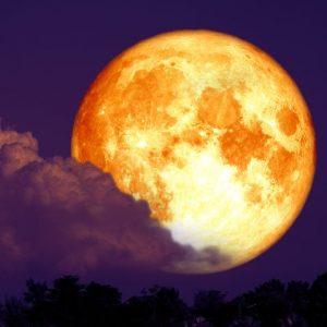 Mesec i otpuštanje